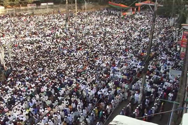 লাখো মানুষের অংশগ্রহণে চট্টগ্রামবাসীর প্রিয় নেতা এবিএম মহিউদ্দিন চৌধুরীর জানাজা অনুষ্ঠিত