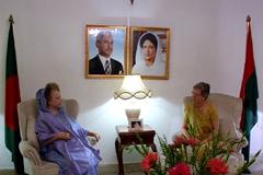 খালেদা জিয়ার সঙ্গে নরওয়ের রাষ্ট্রদূতের সৌজন্য সাক্ষাৎ
