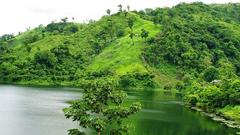 পাহাড়, সবুজ বন-বনানী আর মেঘের দেশ বান্দরবান