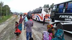 ঢাকা-টাঙ্গাইল মহাসড়কে দীর্ঘ যানজট