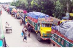 পাটুরিয়া-দৌলতদিয়া পারাপারের অপেক্ষায় ৯ শতাধিক যানবাহন