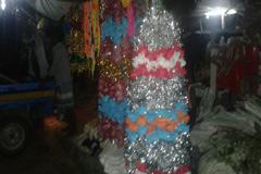 রাজধানীতে ঈদ ঘিরে জমজমাট মৌসুমী ব্যবসা