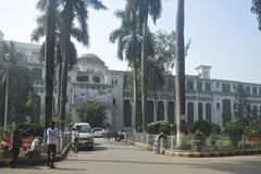 চকবাজারে ঢামেক নার্সের 'আত্মহত্যা'