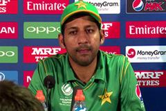পাকিস্তান টেস্ট দলের নেতৃত্বও সরফরাজ
