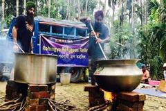দৈনিক ৩৫ হাজার রোহিঙ্গাকে একবেলা খাওয়াবে শিখরা