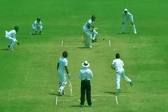 ওয়েস্ট ইন্ডিজের সংগ্রহ ৫ উইকেটে ২১৮ রান
