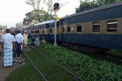 ঢাকা-ময়মনসিংহ রুটে ট্রেন চলাচল শুরু