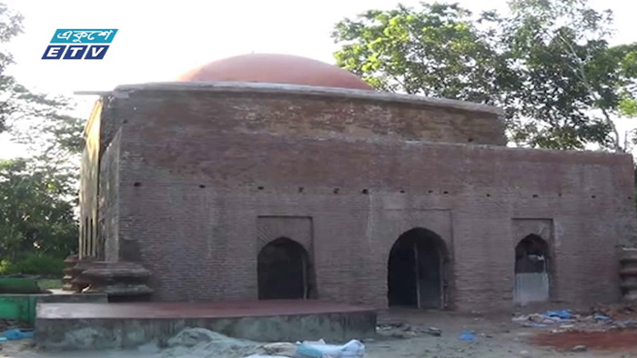 পটুয়াখালিতে শাহী মসজিদ ঘিরে পর্যটন সম্ভাবনা(ভিডিও)