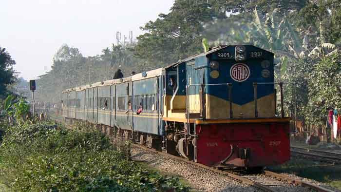 ঢাকা-উত্তরবঙ্গ রেল যোগাযোগ স্বাভাবিক