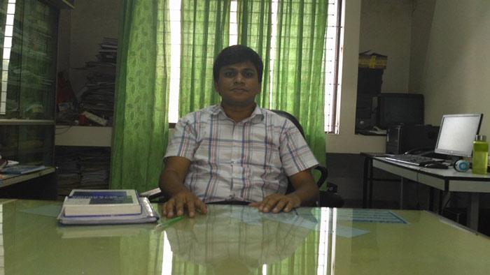 বুয়েটের অধ্যাপক ড. এ কে এম আশিকুর রহমান