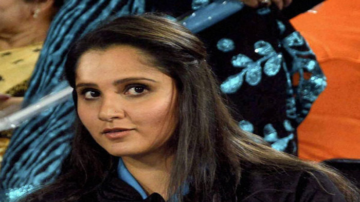 সানিয়া মির্জাকে 'ফলো করেন' মোদি