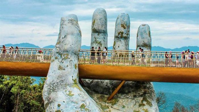 গোল্ডেন ব্রিজ: বিশ্বের সবচেয়ে অদ্ভুত সেতু