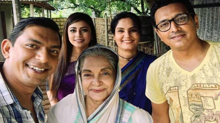 'রত্নগর্ভা' মায়ের চরিত্রে দিলারা জামান