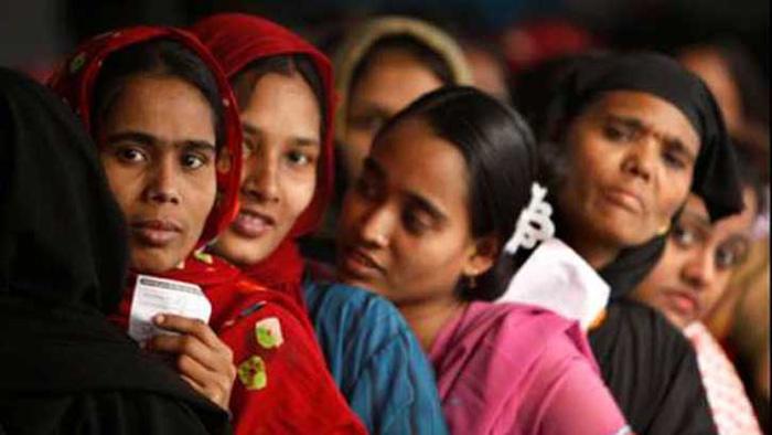 সৌদি থেকে ফিরলেন আরও ৪২ নারী শ্রমিক