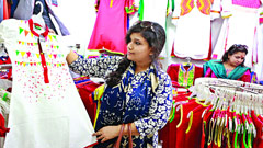 বৈশাখী শাড়ি-পাঞ্জাবি বিক্রির ধুম