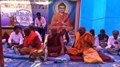ভারতে হিন্দুত্ব ছেড়ে বৌদ্ধ হলেন কয়েকশ দলিত