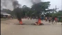 হবিগঞ্জে পুলিশ-শ্রমিক সংঘর্ষে আহত ৫০ (ভিডিও)