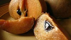 সফেদা: হজমশক্তি বাড়ায়, কোষ্টকাঠিন্য কমায়