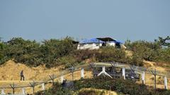 সীমান্তে বাঙ্কার নির্মাণ করছে মিয়ানমার