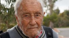 বাঁচার সাধ নেই ১০৪ বছর বয়সী বিজ্ঞানীর