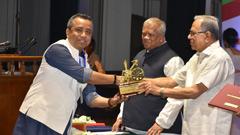 রাষ্ট্রপতির শিল্প উন্নয়ন পুরস্কার পেলেন মহিউদ্দিন মোনেম