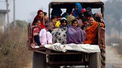 জম্মুতে পাকিস্তানের ব্যাপক গোলাবর্ষণ