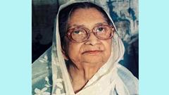 কবি সুফিয়া কামালের ১৯তম মৃত্যুবার্ষিকী আজ