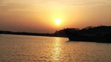 সুগন্ধা নদীতে নির্মিত হচ্ছে নলছিটিবাসীর স্বপ্নের সেতু