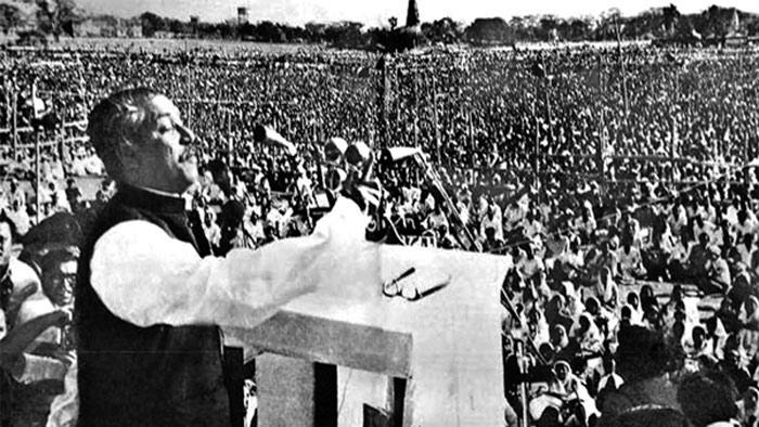 রেসকোর্স ময়দানে ১৯৭১ সালের ৭ই মার্চ বঙ্গবন্ধুর স্বাধীনতার ডাক। ছবি: সংগৃহীত