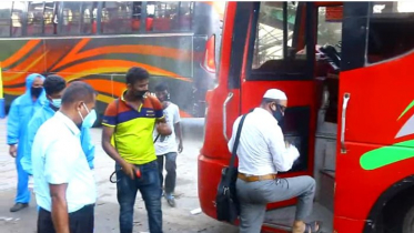 কুমিল্লায় স্বাস্থ্যবিধি মেনে চলছে পরিবহন