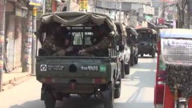 কুমিল্লায় মাঠে নেমেছে সেনাবাহিনী