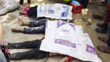 কুমিল্লায় প্রাইভেটকার খালে পড়ে ৩ জনের মৃত্যু