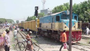 গাজীপুরের মালবাহী ট্রেন লাইনচ্যুত