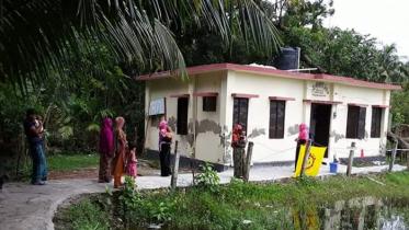 কমিউনিটি ক্লিনিকে বাড়ছে রোগী, ঝুঁকি নিয়েই স্বাস্থ্যসেবা