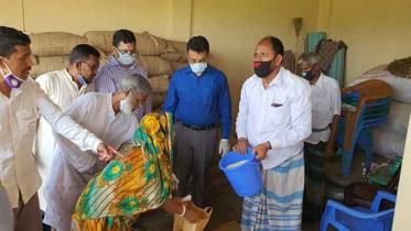 ব্রাহ্মণবাড়িয়ায় ১০ টাকা কেজি দরে চাল বিক্রি শুরু
