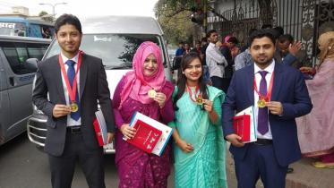 'প্রধানমন্ত্রী স্বর্ণপদক' পেলেন নোবিপ্রবির ৪ শিক্ষার্থী