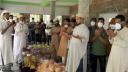 লোহাগড়ায় খাদ্যসামগ্রী পৌঁছলেন আ'লীগ নেতা বোরহান