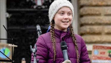 ১৭ বছর বয়সেই নোবেল পুরস্কারের জন্য মনোনীত কিশোরী