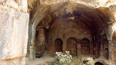 আসহাফে কাহাফের ঘটনার শিক্ষণীয় বিষয়