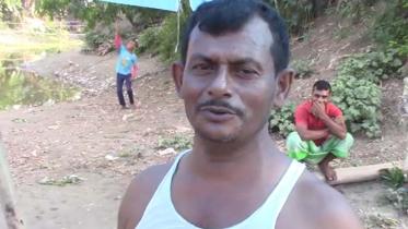 ভ্রাম্যমান চা স্টল এখন কোলাহল মুক্ত খালের পাড়ে