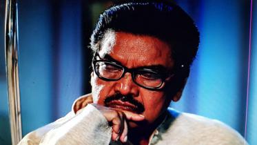 চলচ্চিত্রকার আমজাদ হোসেনের মৃত্যুবার্ষিকী আজ