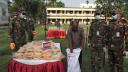 কুমিল্লায় দুস্থদের খাদ্য ও বস্ত্র দিল সেনাবাহিনী