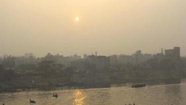 রাজধানীতে ঝলমলে রোদ, উত্তরে বইছে শৈত্যপ্রবাহ