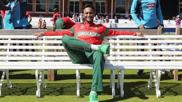 ভারত আর্মির বর্ষসেরা ক্রিকেটার সাকিব