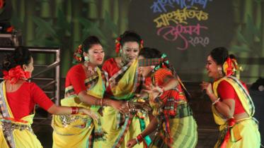 বাংলাদেশ সাংস্কৃতিক উৎসবের তৃতীয় দিনে কুশান পালা