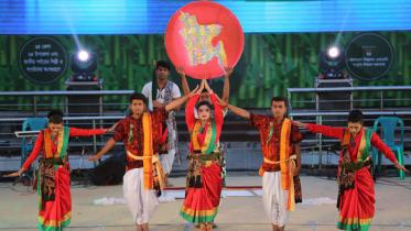 বাংলাদেশ সাংস্কৃতিক উৎসবের দ্বিতীয় দিনে জব্বারের বলিখেলা