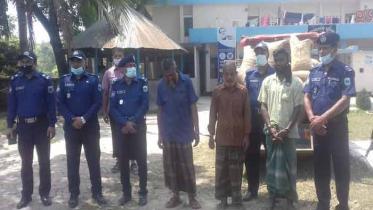 সিরাজগঞ্জে ১০ টাকা কেজির চাল বিক্রির অভিযোগে আটক ৩