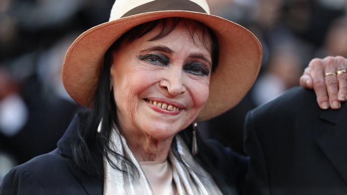ফরাসি অভিনেত্রী আনা কারিনা