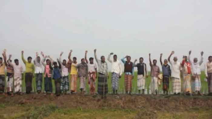 সেচমূল্য বৃদ্ধির প্রতিবাদে সাত গ্রামের কৃষকের বিক্ষোভ