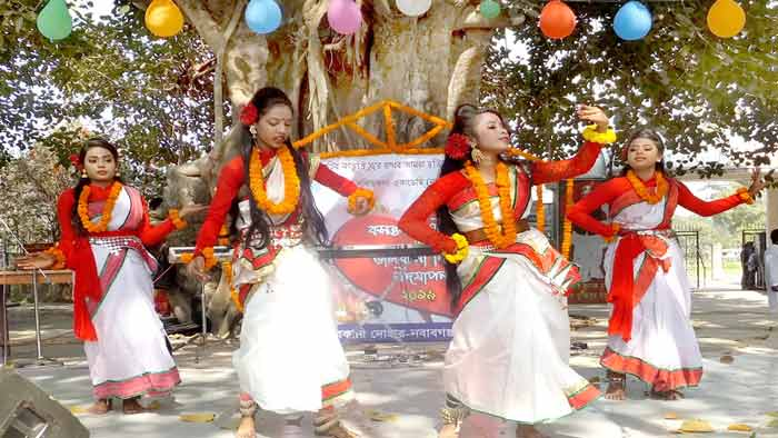 নবাবগঞ্জে বসন্ত বরণ ও ভালোবাসা দিবস উদযাপন
